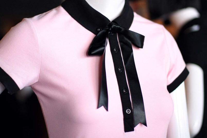 polo rose et noir