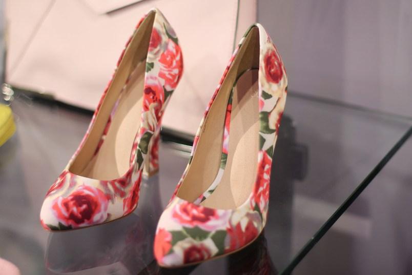 chaussures talons fleurs