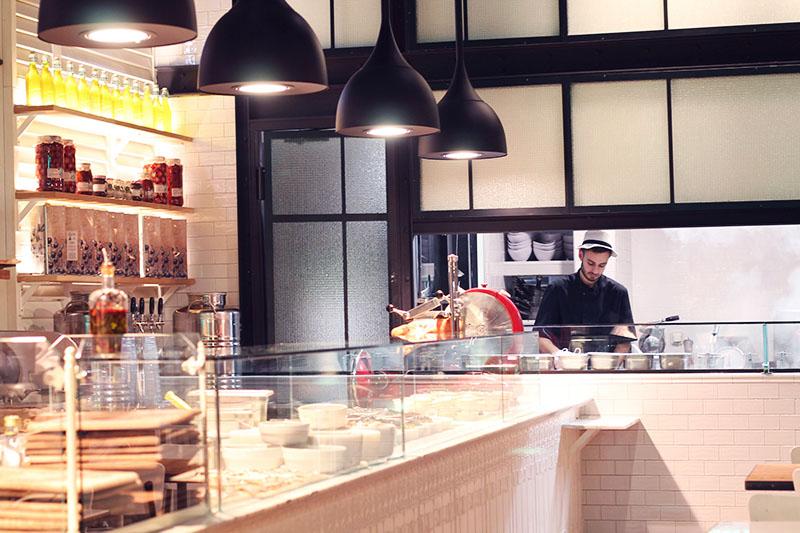 it restaurant italien paris aux airs de brooklyn elodie in paris. Black Bedroom Furniture Sets. Home Design Ideas