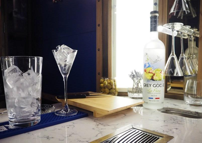 plus petit bar dry martini