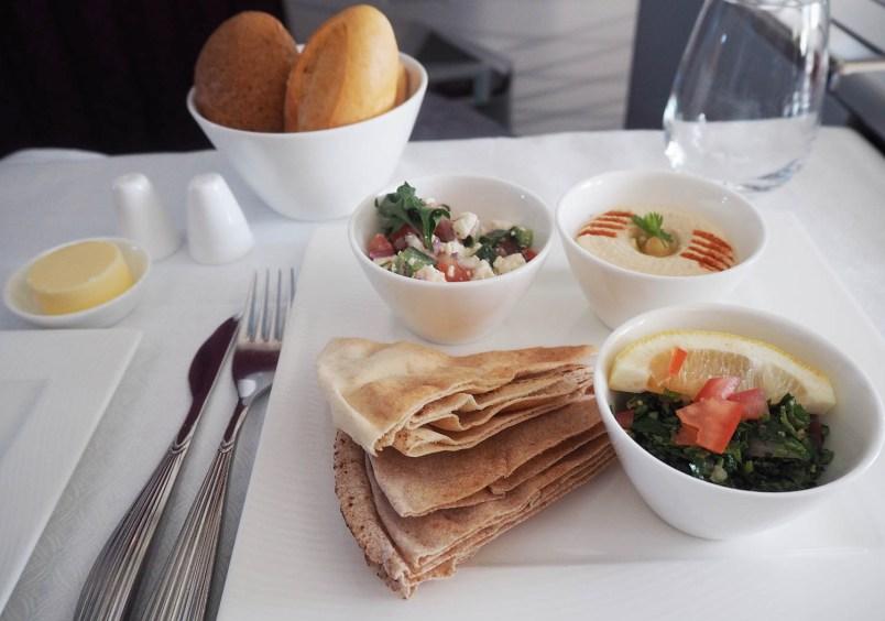 food qatar airways