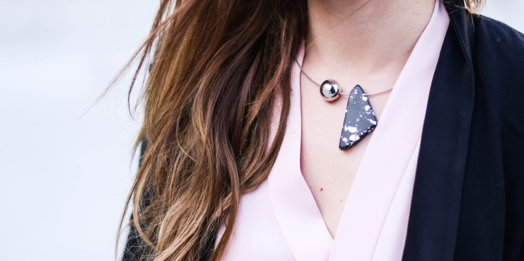 marble necklace H&M