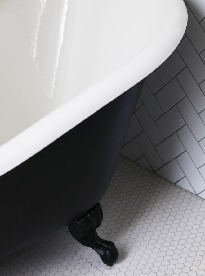 coq hotel bathroom