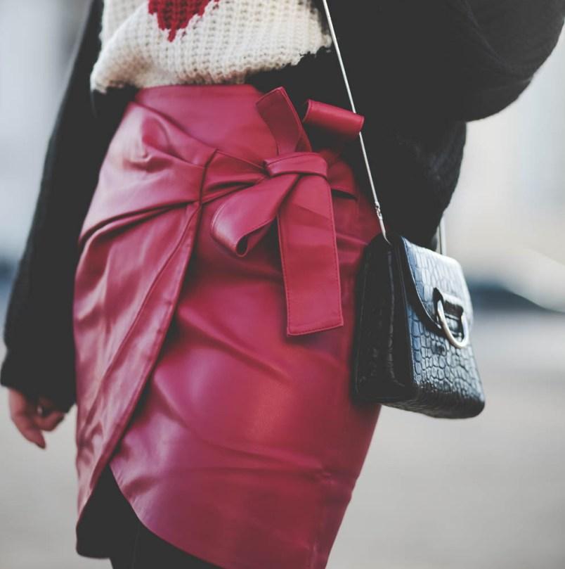 jupe rouge simili cuir