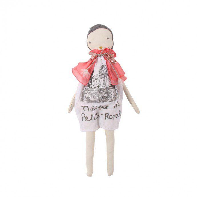 141127 poupee jess brown cape creme et rose multicolore 690x690 Cest une poupée...