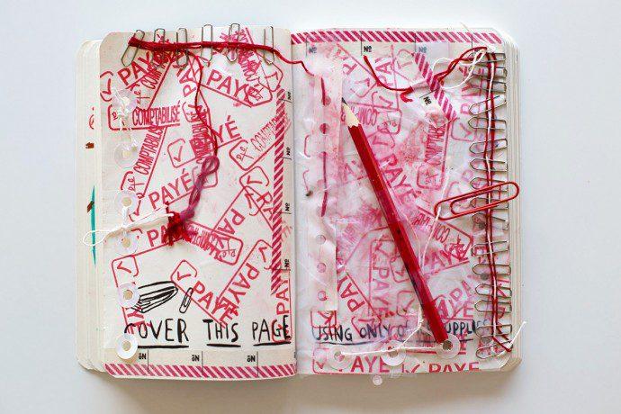 150118 saccage ton carnet 5 690x460 Wreck this journal : lart de saccager en beauté un carnet