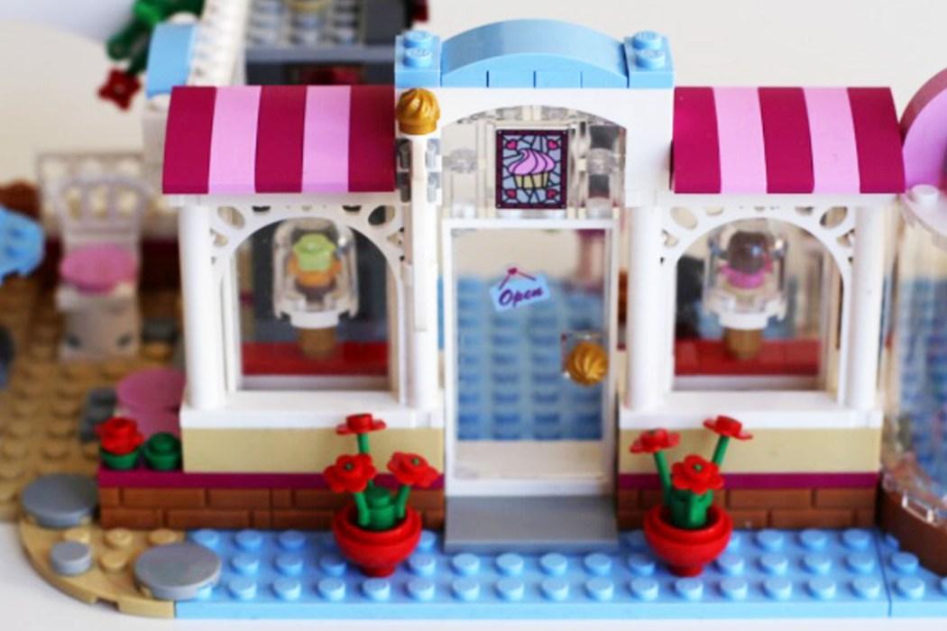 160425 legofriends heartlakecity cupcake Ca casse les briques : Le cupcake Café d'Heartlake City Legofriends