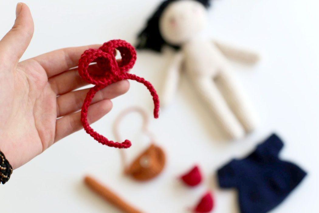 160508 serre tete kiki l apetites sorciere au crochet Une poupée Kiki la petite sorcière au crochet