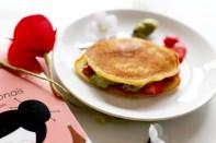 Dorayaki à la crème de thé vert Macha et aux fraises