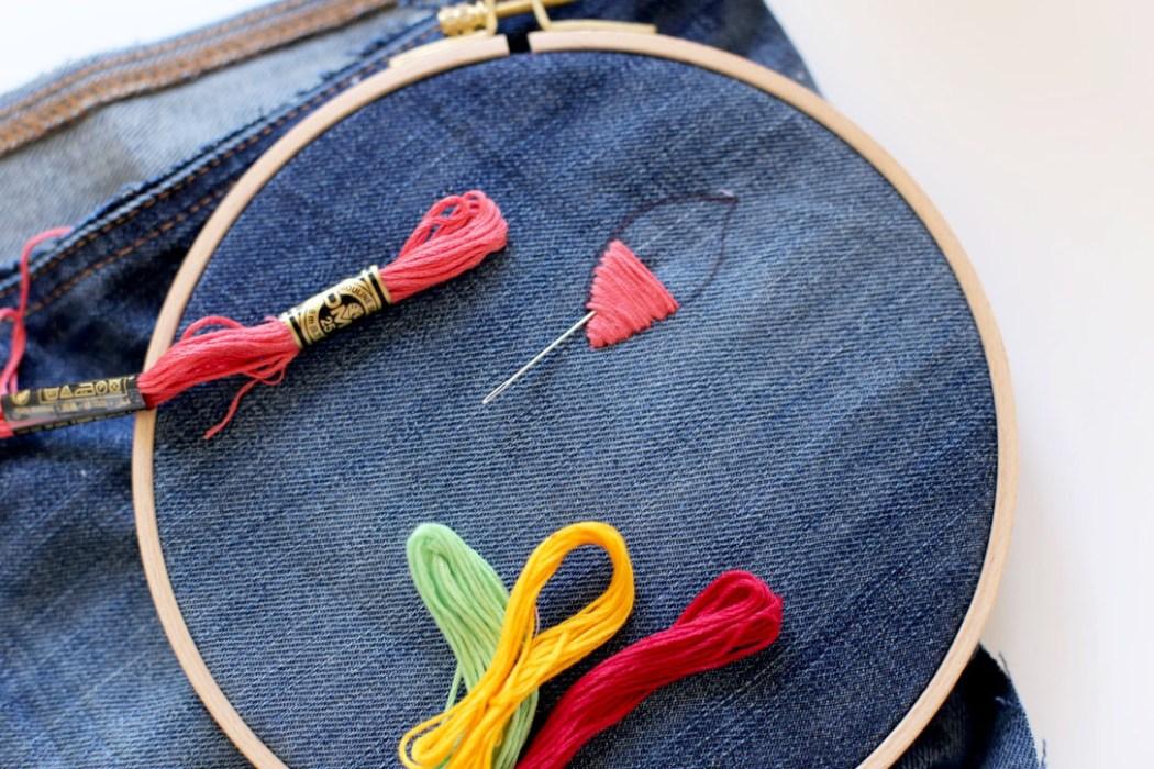 160828 broderie jeans fleurs passe plat Concentré de vie #38
