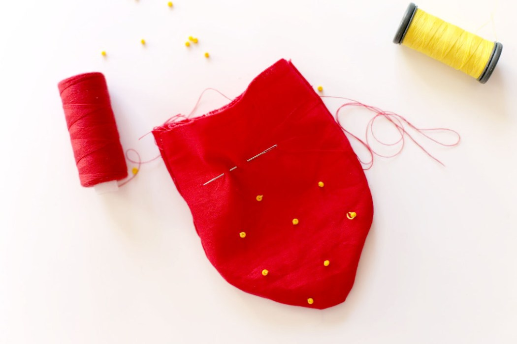 160912 sachet lavande fraise kawaii Une petite fraise parfumée à la lavande à glisser dans son armoire