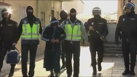 El talibán español, detenido por captar menores en Ceuta para el Estado Islámico