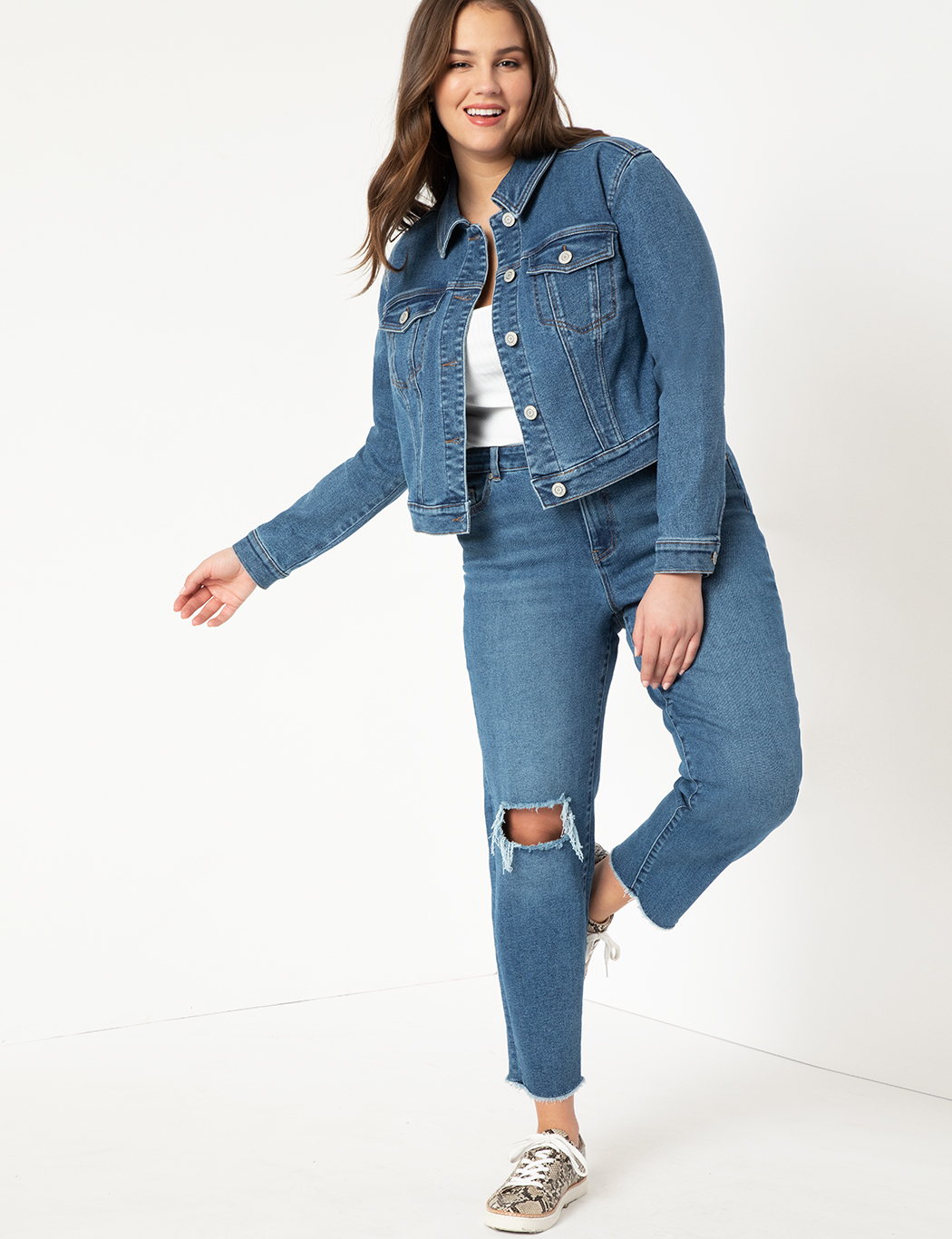 Distressed Relaxed Jeans 6