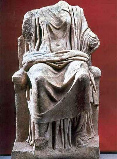 La estatua de la diosa que según la mitolog�a, era la esposa y a la vez hermana de Zeus, la máxima deidad en la Grecia antigua, ha aparecido sin cabeza.- EFE