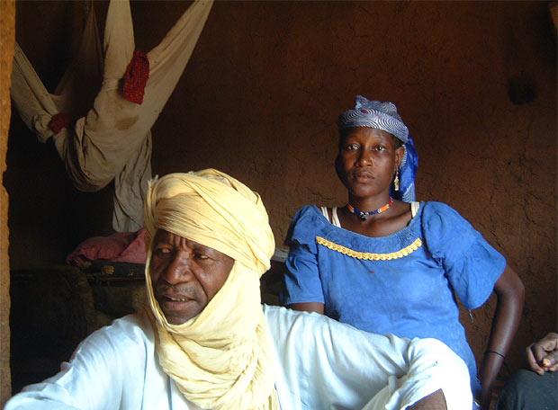 Hadijatou Mani with slavemaster (Niger, Oct. 2008)