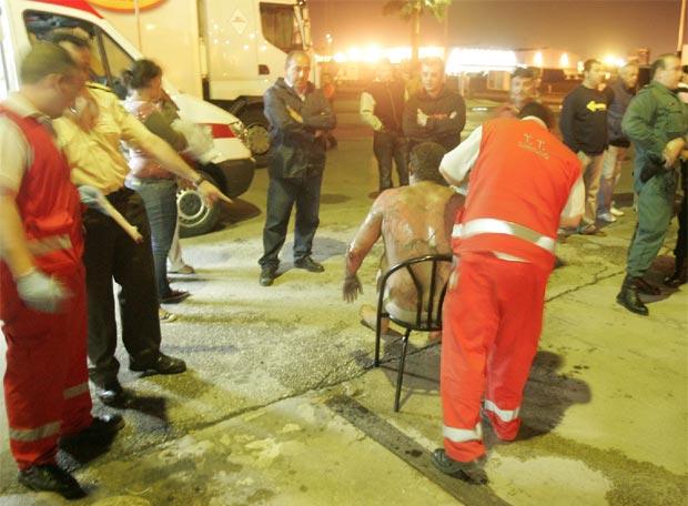 Un camionero salta de su veh�culo en llamas - Atendido en el lugar del siniestro