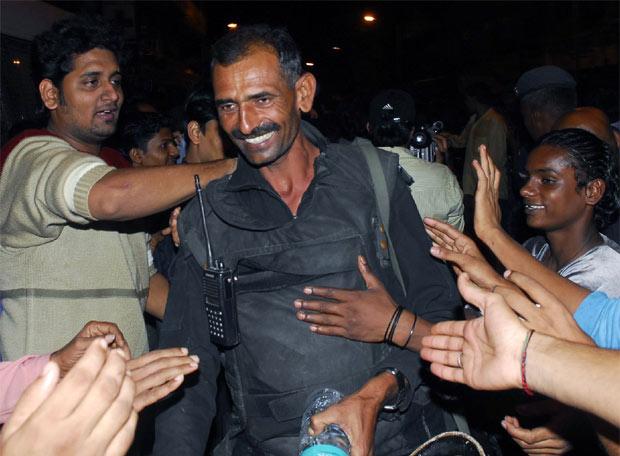 Terror en Bombay - Felicitaciones