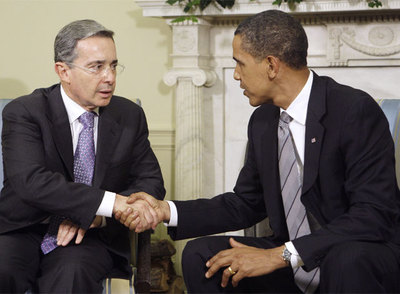 Uribe y Obama, juntos en Washington