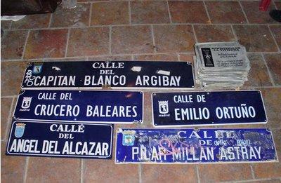 Placas franquistas retiradas del Colectivo Yesca