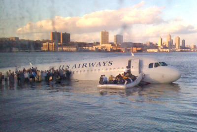 Primera imagen del avión en el río Hudson