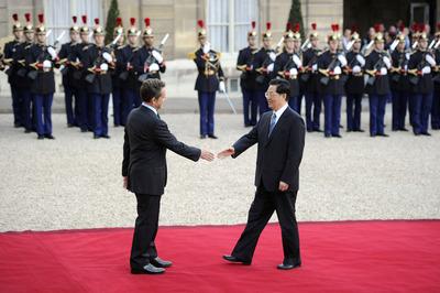 Hu Jintao visita París