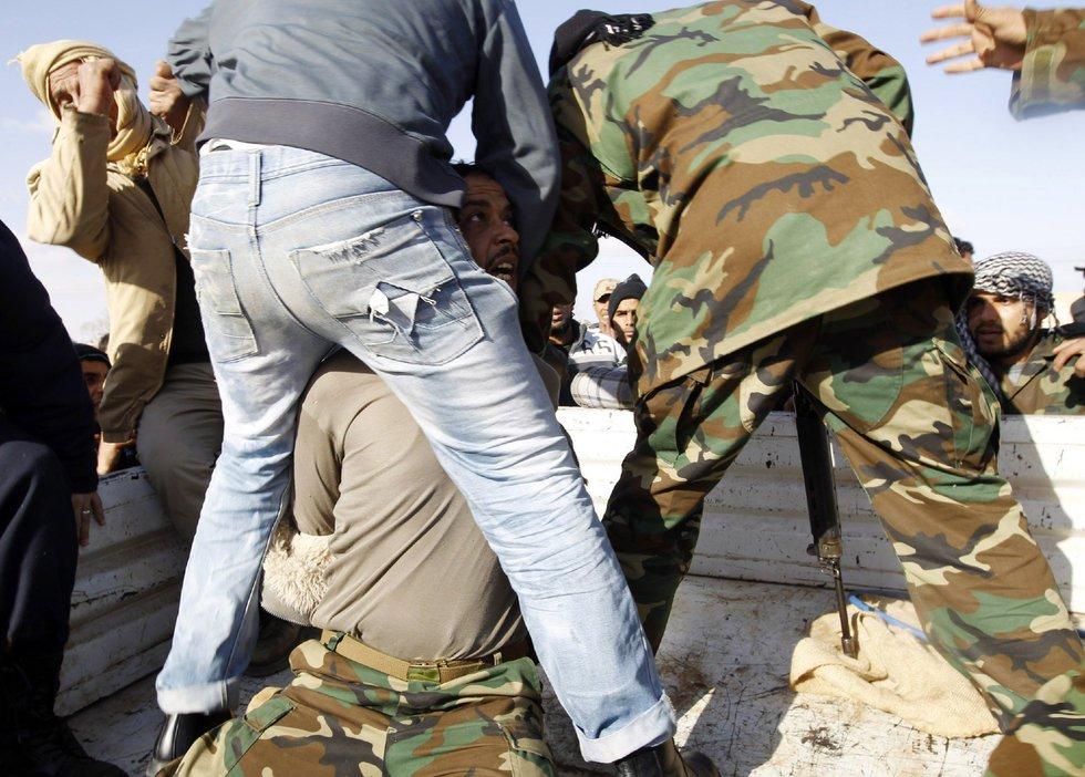 Operación 'El Amanecer de la Odisea' en Libia  - Arrestado