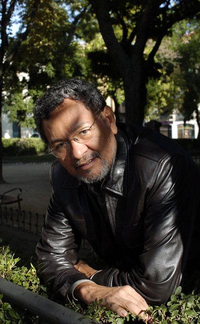 Elmer Mendoza