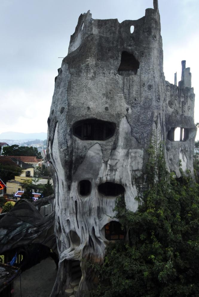 Dalat Casa Loca Tree Structure