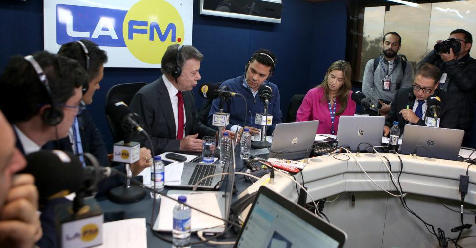 Juan Manuel Santos: Uribe debe respetar las instituciones
