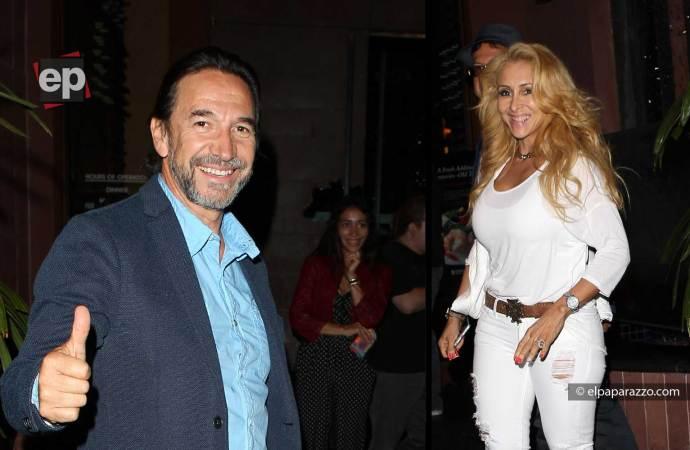 Marco Antonio Solis y familia de fiesta por Beverly Hills