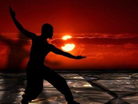 Tai Chi: sfruttare la potenza del corpo e della mente per combattere il dolore alla schiena