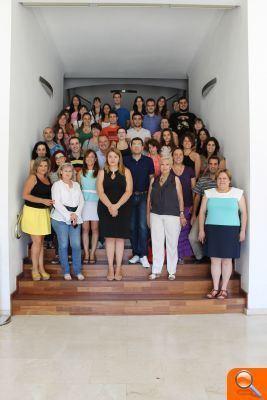 """<br /><br /><br /><br /><br /><br /><br /><br /><br /><br /><br /> L´Ajuntament d´Alfafar recibe un año más a 31 estudiantes del programa """"La Dipu Te Beca""""<br /><br /><br /><br /><br /><br /><br /><br /><br /><br /><br />"""