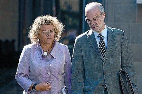 Marina Geli i Antoni Castells, al Palau de la Generalitat al juny.