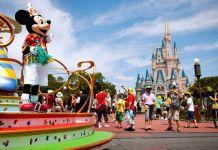 Walt Disney reduce su publicidad en Facebook