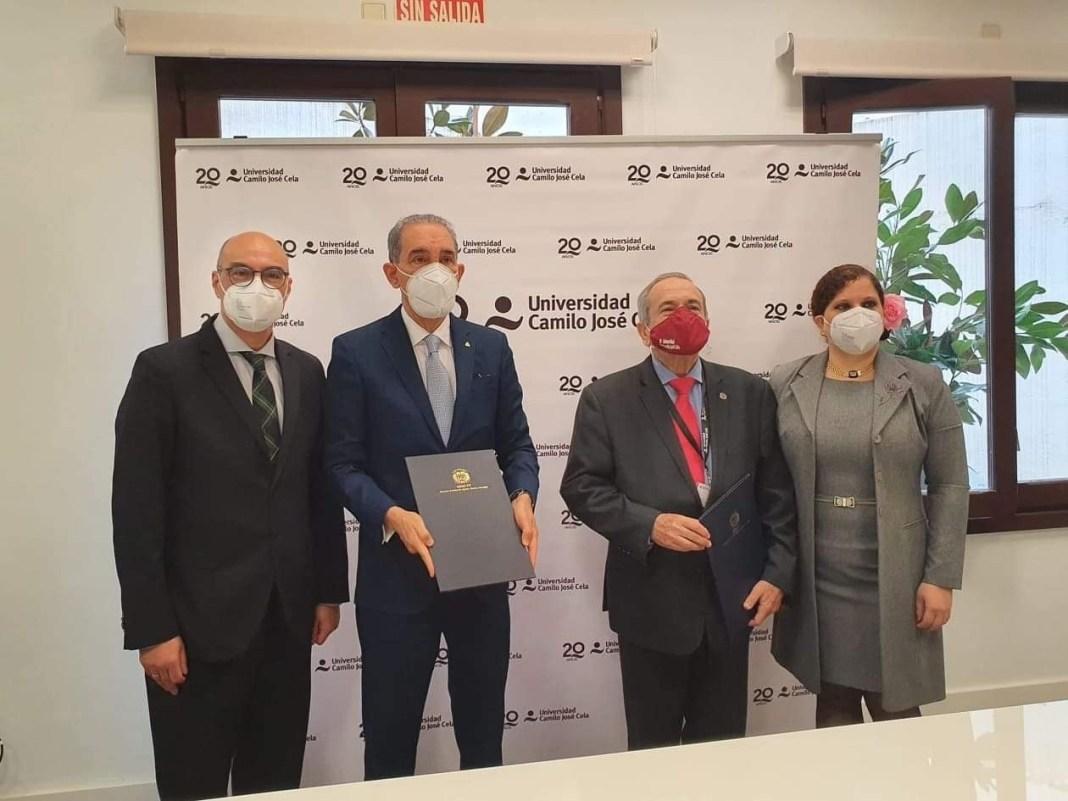 Dr. Jorge Santiago Barnés, Dr. Franklin García Fermín, Dr. Emilio Lora-Tamayo, Dra. Karina Narpier