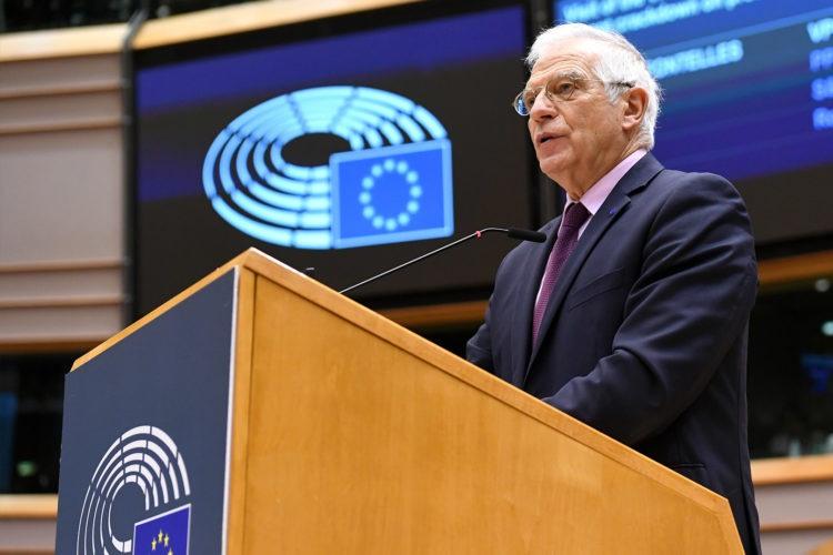 La Unión Europea pide a Rusia respetar la paz en Ucrania