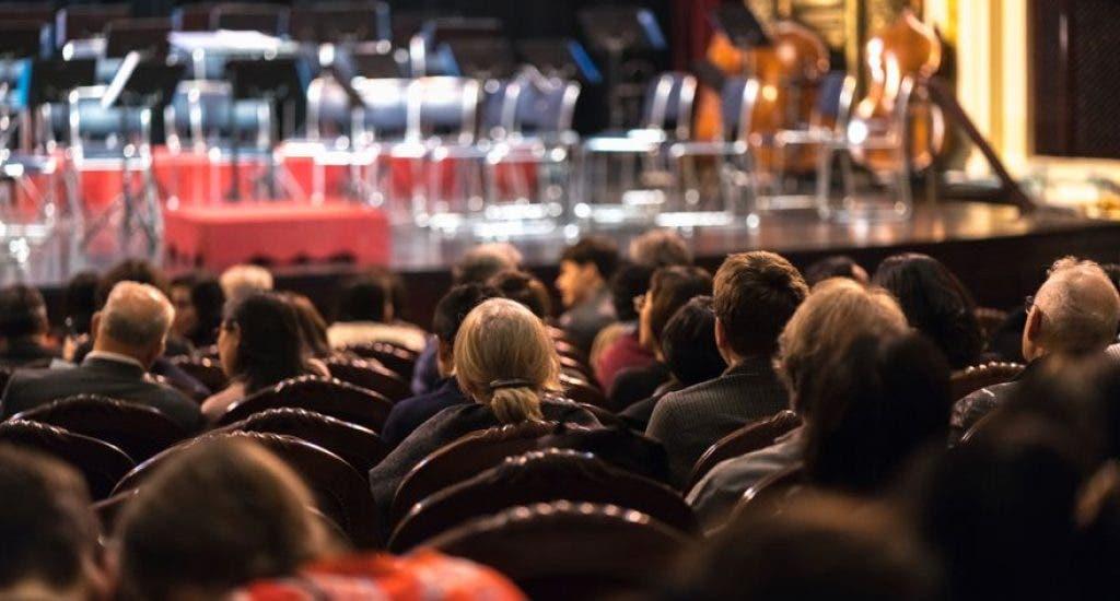 Reapertura: Francia permitirá festivales con 5.000 personas con distanciamiento