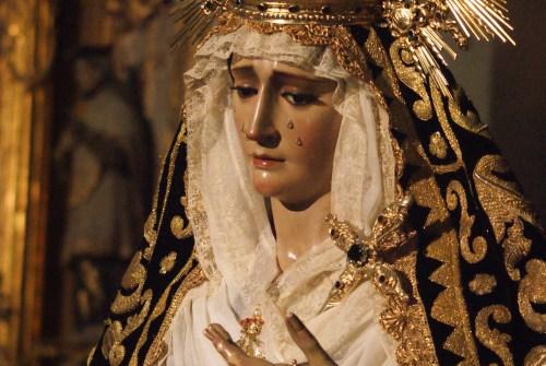 Una estampa distinta de la Virgen de los Dolores