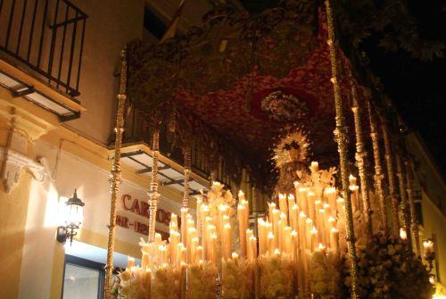El palio de la Virgen del Desamparo saldrá restaurado en 2020