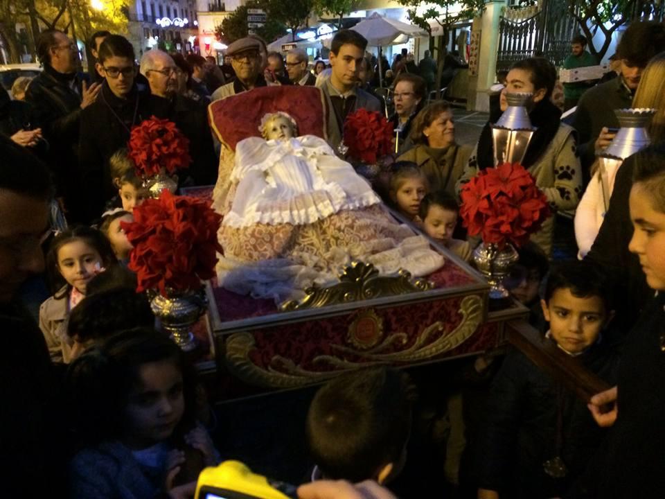 El Nazareno traslada hoy el Niño Jesús al Belén Monumental de Santo Domingo
