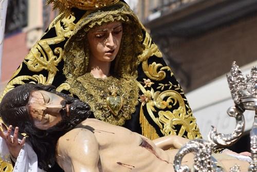 El Sábado Santo de Sevilla en imágenes. Por Lucas Álvarez