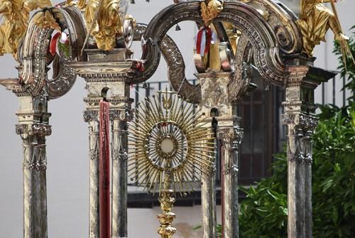 Un diseño malagueño para la procesión de Minerva