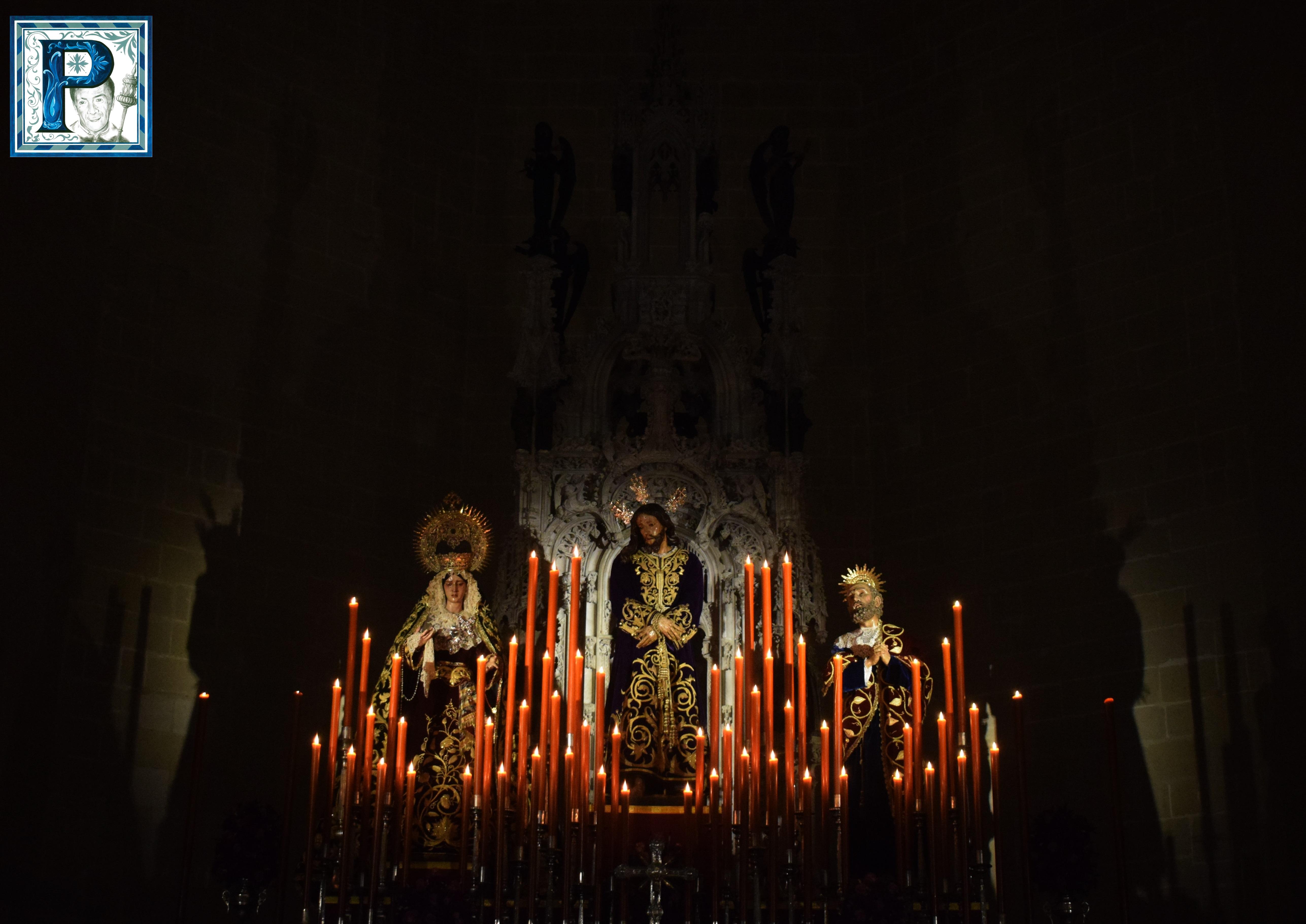 El altar de Cultos del Prendimiento desde el objetivo de Lucas Álvarez