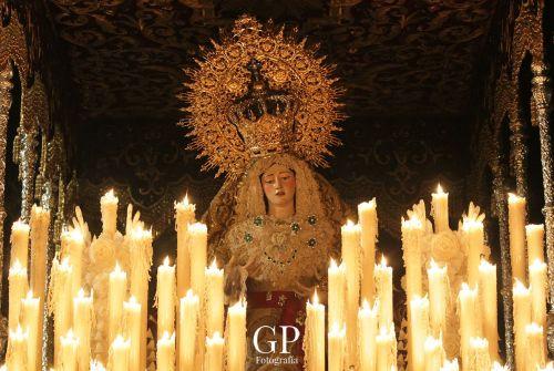 A PIE DE PASO: «La Virgen de la Paz en el Barrio de San Pedro»
