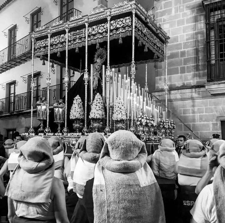 Comparativa de la Semana Santa 2018 y 2019: COSTALEROS, por José Ángel Ferrer.