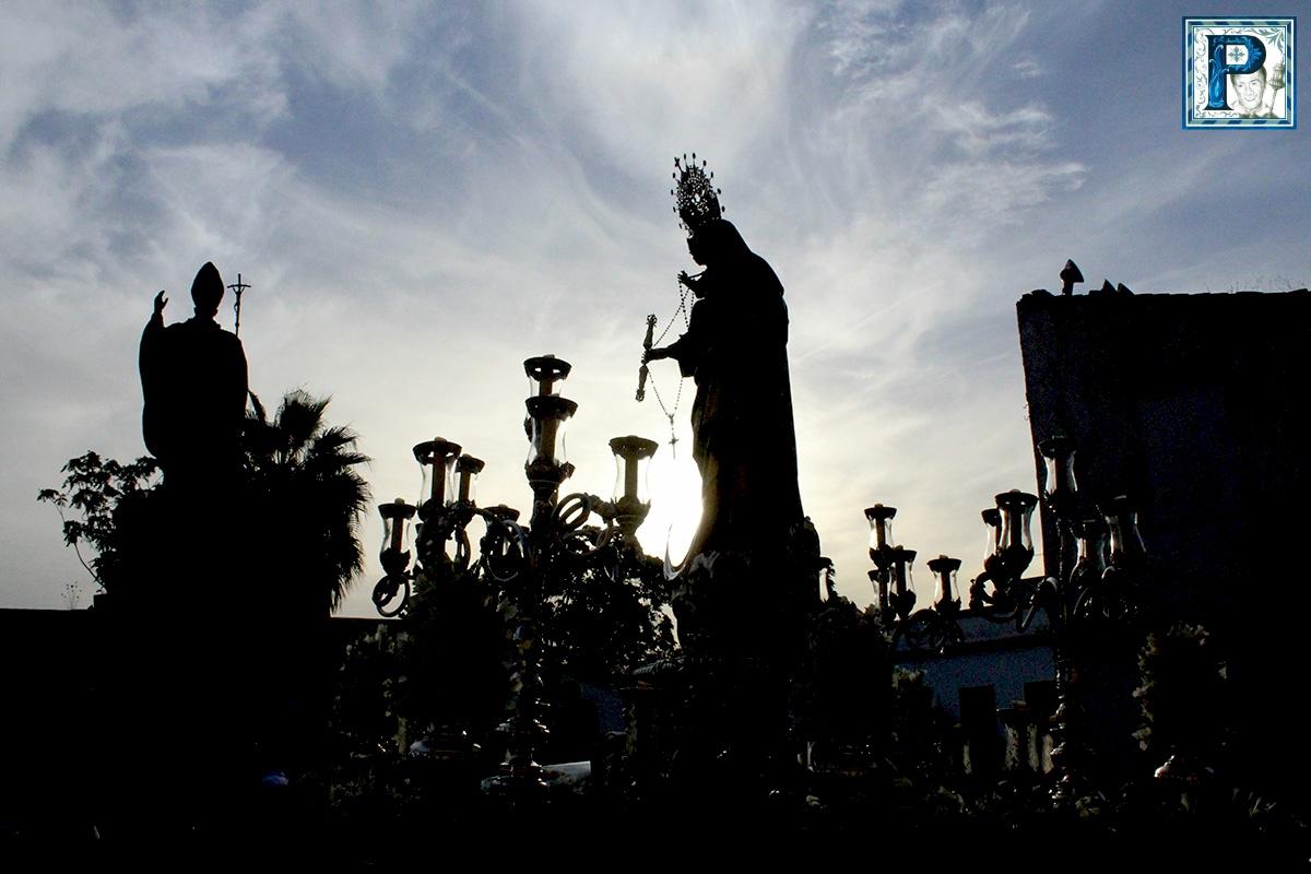 La Salida Procesional del Beaterio desde el objetivo de Guillermo Pastor