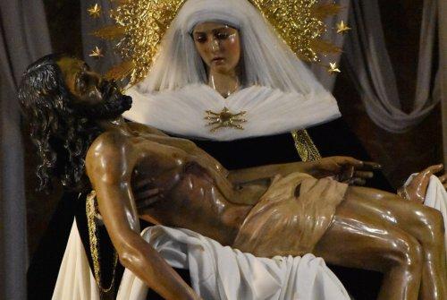 REGINA VIRGO MARIA, CAPITULO 3: «Angustias»