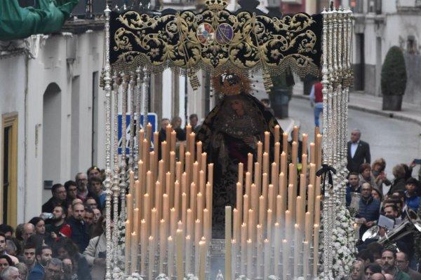 A PIE DE PASO: «La Virgen de la Piedad en Lealas y Juan de Torres»