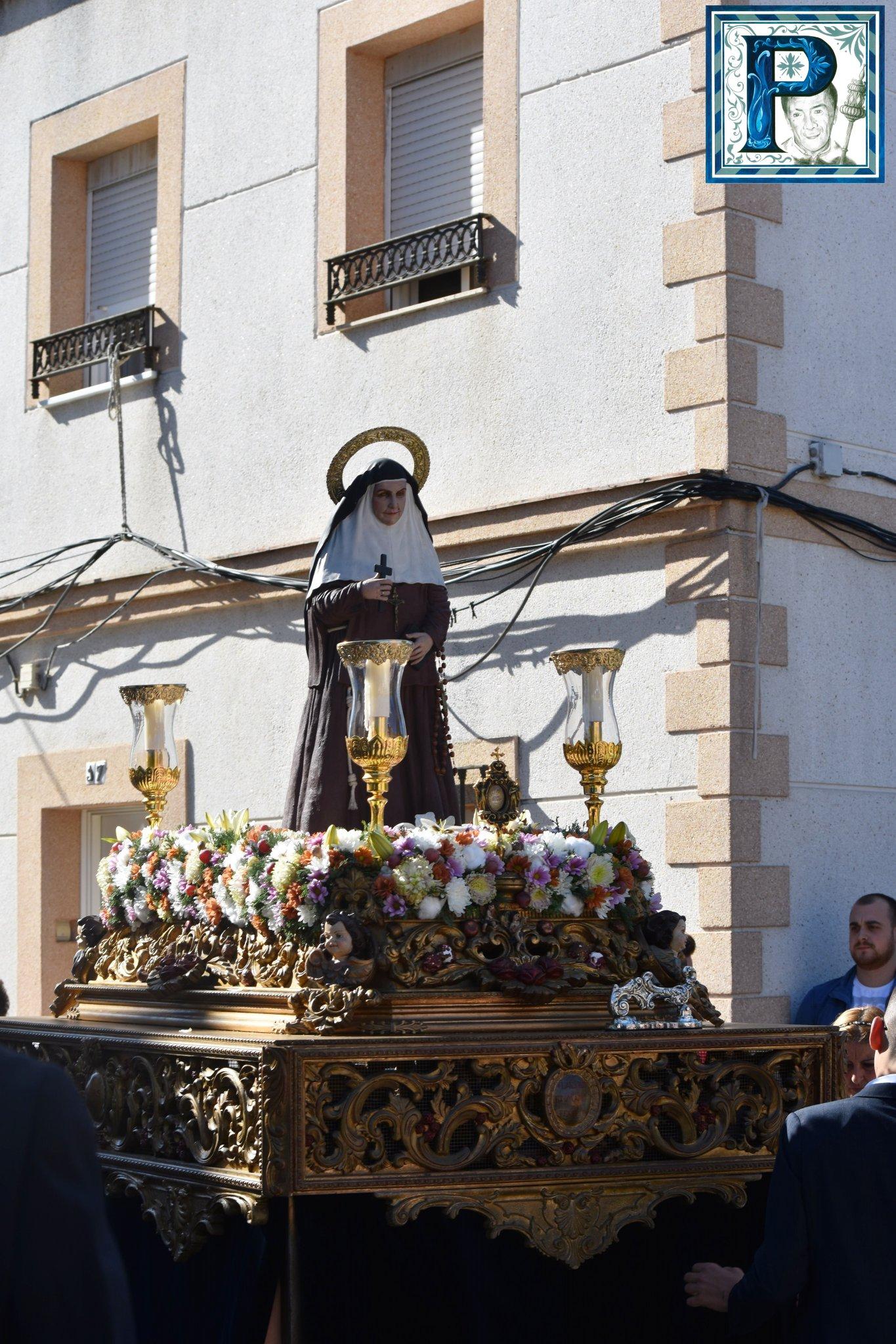 La procesión de Santa Ángela de la Cruz desde el objetivo de Lucas Álvarez