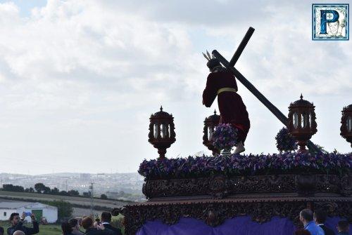La procesión del Señor de la Paz de Cuartillos desde el objetivo de Lucas Álvarez